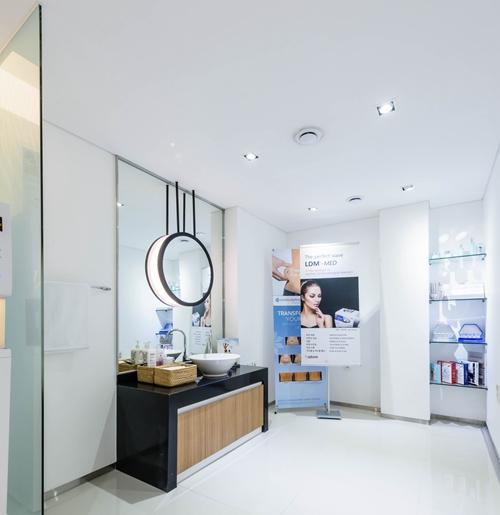 韩国首尔丽格皮肤科洗手间