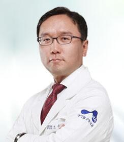 赵祐晟 中国人民解放军总政治部整形美容中心主任医师