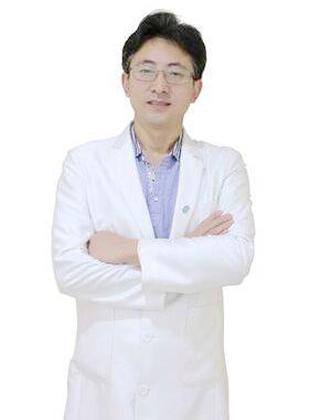 郭东云 深圳健丽医疗美容门诊部副主任医师
