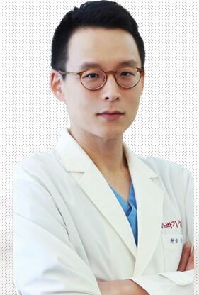 朴钟林 内蒙古巴诺巴奇整形外科医院院长