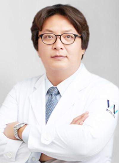 李学昇 韩国原辰整形外科院长