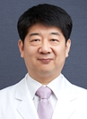 韩国原辰整形外科医生朴成镇
