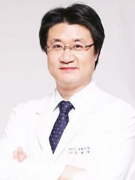 兪昡在 韩国Beauty Line整形外科医院整形专家