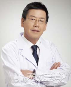 长沙雅美面部脂肪填充医生推荐朴哲洪教授