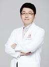 韩国美佳整形医生李英大