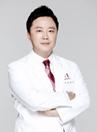 韩国美佳整形专家李凖馥