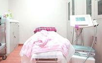 郑州春语医疗美容门诊部诊疗室