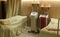 韩国will整形医院激光美肤室