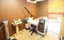 韩国缪慈整形外科激光室