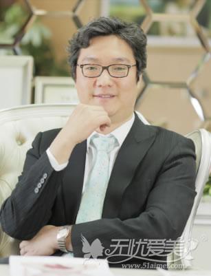 闵英俊 北京丽都整形医院韩方院长