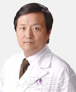 杨军庭 北京利美康岩之畔整形医院院长