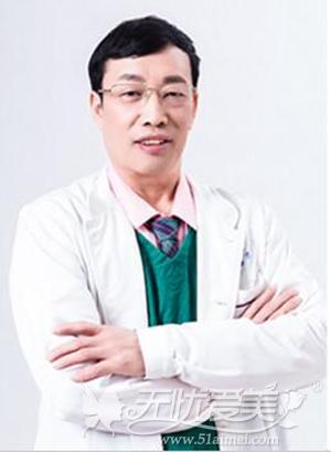 袁进东 昆明大华双眼皮手术医生