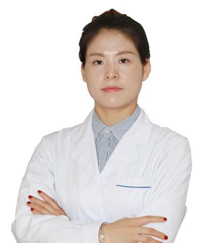 吉纯粹   福华美容皮肤主诊医师