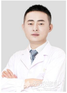 国内精细化五官院长崔东