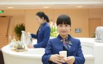 天津南开区美奥口腔门诊工作人员热情服务
