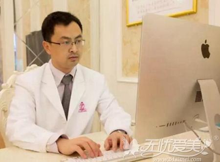 上海伊莱美隆鼻专家刘安堂