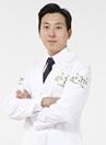 韩国4月31日整形医院专家金载祐