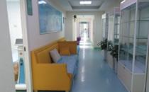 郑大第二附属医院前台等候区