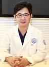新帝瑞娜整形医院医生卢承炯