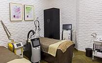 大连康桥医疗美容中心 激光治疗室