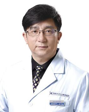王斌 中山美南华美容医院院长