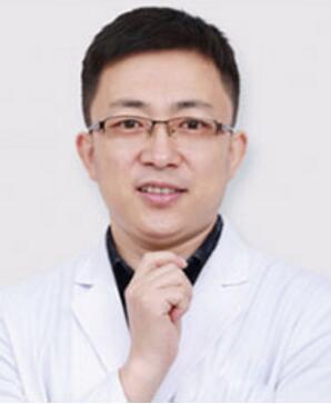马占军 广元朗睿整形医院主治医师