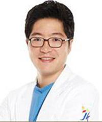 裴俊晟 韩国JK整形外科医院专家