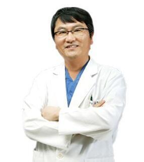 李玉飞 南昌宏昌植发医院专家