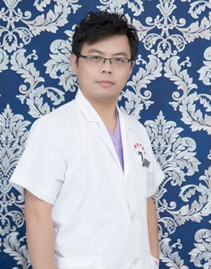 石春龙 苏润州瑞丽整形医院专家