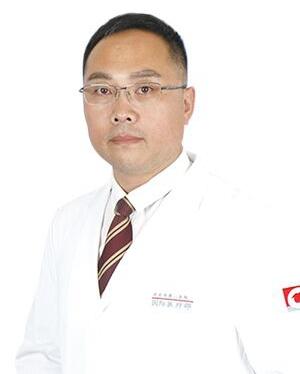 王新磊 丹东第一医院医学美容整形中心主任
