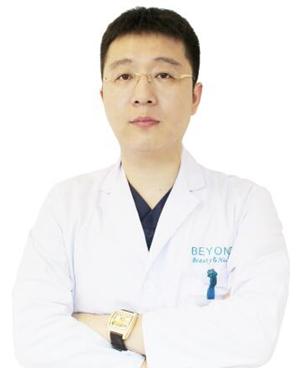 胡佰春 深圳贝漾美天医疗美容门诊部整形科院长