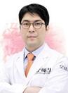 韩国欧佩拉整形医生李奎徹