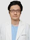 郑州童颜医生闵英俊