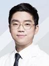 韩国朱诺整形医生金信荣