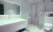 重庆百达丽医疗美容门诊部洗浴间