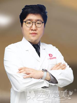 广州广大整形医生柳超医生