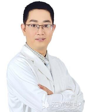 武汉亚韩邓正辉