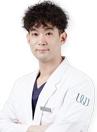 韩国原辰整形外科医生辛京泌