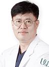 韩国原辰整形外科医生金容培