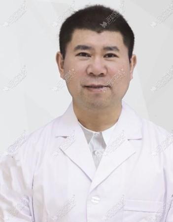 王文刚医生