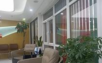 北京西尔口腔大厅休息区