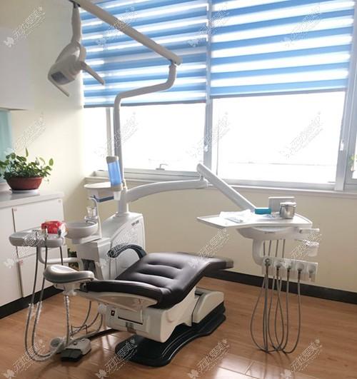 牙齿矫正室